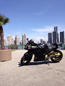 2008 Ninja 250R Black/gold $2500 +$100 for me to get safety done