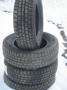 SNOW /  WINTER 4 DUNLOP TIRES LIKE NEW