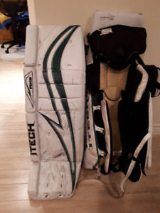Goalie equipment/equipements de gardien