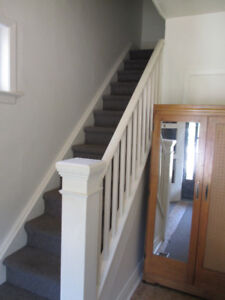 ONE BEDROOM BACHELOR $775 SINGLE OCCUPANT ONLY NON-SMOKER