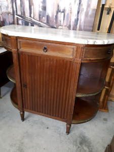 Antique cabinet / Bar cabinet