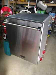 Stainless steel Brigade/Viking dishwasher