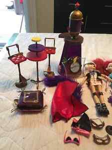BRATZ DOLLS & accessories West Island Greater Montréal image 5