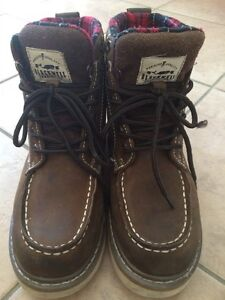Men's Size 7 Fall Boots