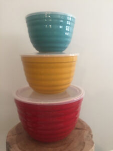 Kitchen Bowls - Coloured with Lids