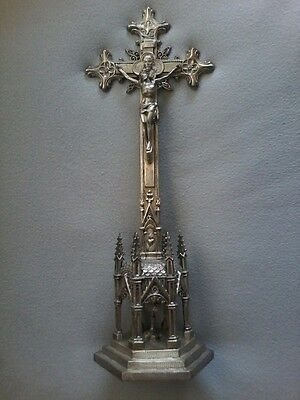 LARGE VINTAGE CHALICES BASILICA PRIESTS ALTAR TABLE CHURCH CRUCIFIX