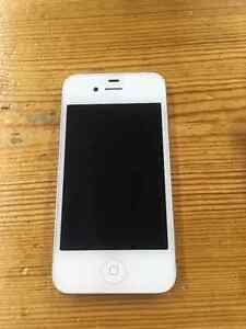 White iPhone 4 in Excellent Condition London Ontario image 1
