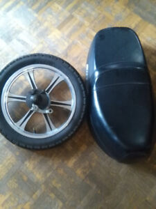 Selling a gio ebike seat/front tire with brake assembly.