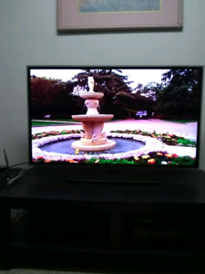 "40"" inch SAMSUNG SMART TV in perfect condition"