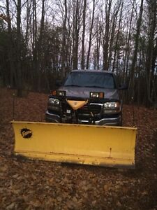 2003 GMC2500 HD with Fisher Plow