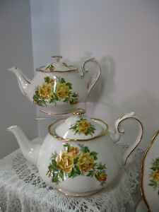 Tea Rose Royal Albert -- FROM PAST TIMES Antiques - 1178