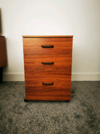 Retro style 3-drawer bedside table
