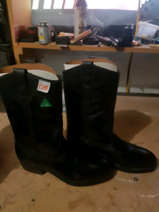 Steel toe boots cowboy boots size 71/2 ish