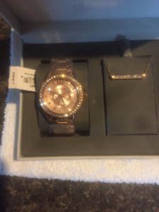 Brand New Fossil Watch & Necklace Box Set