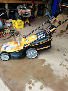 """New 16"""" Rechargeable Lawnmower"""