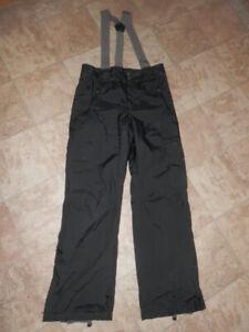 Good quality ski/snow gear (6 pants and jackets)