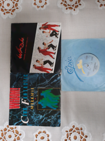 3 vinyls