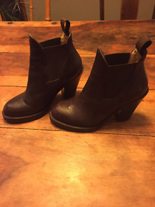 ACNE STAR Boot, size 6