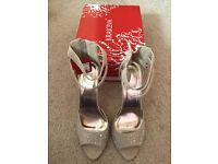 Size 7 diamanté sandal