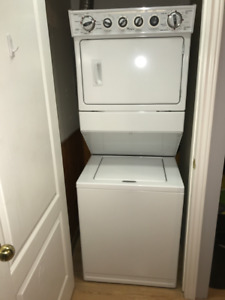 Whirlpool Washer/Dryer Combo Stacked Laundry Machine *Like New*