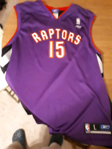 Carter 15 old raptors jersey Large