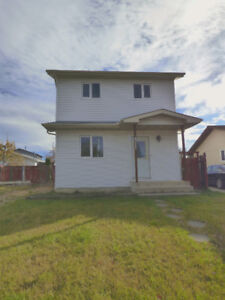 RENOVATED HOME - QUIET MILLWOODS LOCATION - HUGE YARD!