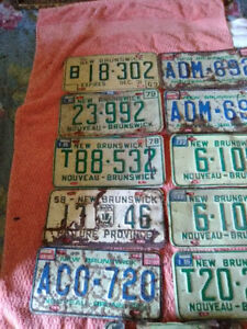 SELECTION OF NEW BRUNSWICK AUTO LICENCE PLATES