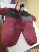 Combinaison pour bébé  hiver   usagé