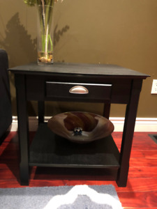 End/Side Table