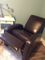 Bonded Leather Recliner **mint condition**