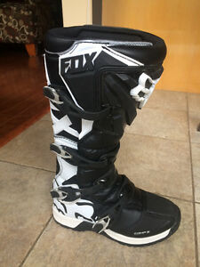Fox Boot Comp 5