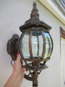 NEW OUTDOOR DECORATIVE LIGHTS