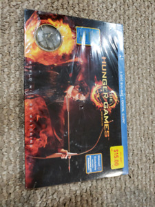 New- The Hunger Games 2 disc blu -ray + digital copy
