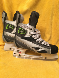 BRAND NEW Ice-Hockey Skates(MISSION), FUEL95AG,silver,size 9.5EE