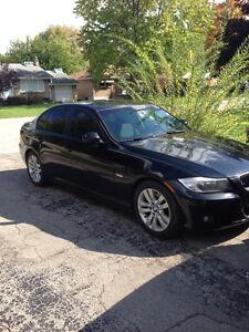2011 BMW 3-Series Sedan 323i
