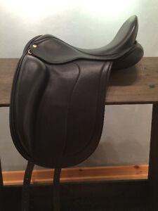 Black Country Adelinda Dressage Saddle DEMO