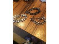 Set of three chains