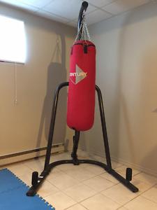 Punching Bag / Sac d'entrainement et support