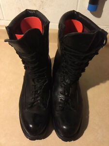 Men's Matlerhorn Boots Size 15 London Ontario image 2