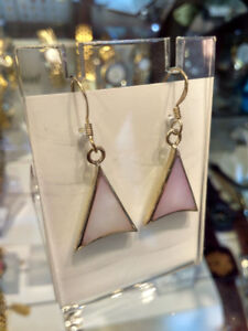 Earrings Triangle Purple Light Shiny 1pair at Silver outline