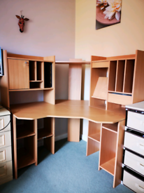 Corner desk with storage