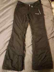 Volcom snowboard pants Womens small