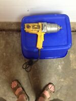 Dewalt 3/4 inch square drive impact wrench