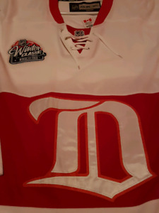 DETROIT RED WING / WHITE WINTER CLASSIC GRANDEUR / SIZE 52 HOSSA