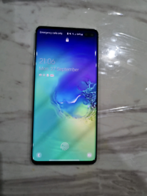 Samsung galaxy s10 plus great condition and unlocked