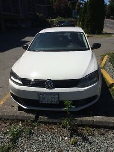 2011 Volkswagen Jetta white Sedan