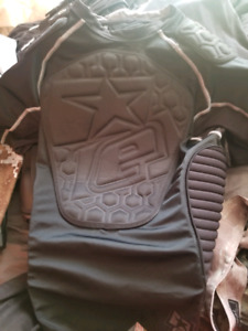 Planet eclipse chest protector