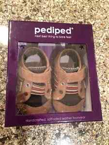 Boys Pediped Shoes - 6-12 mths Kitchener / Waterloo Kitchener Area image 3