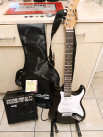 Electronic guitar full package few months old