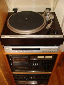 Hitachi HiFi System Amp-Preamp-Tape Deck-Tuner-Turntable-Speaker